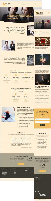 Captura de la página de inicio del sitio web diseñado para Empresa a Escena en resolución de escritorio y de una página de servicio en resolución móvil.